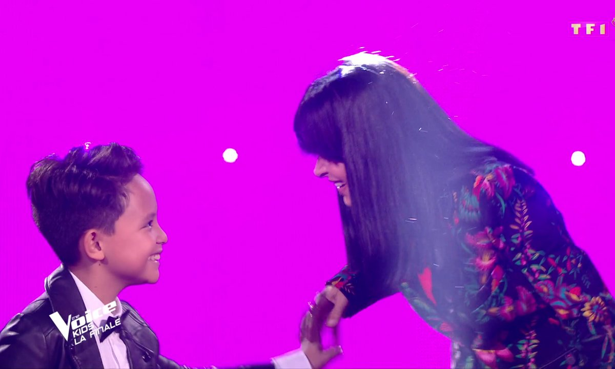 The Voice Kids : Jenifer et Natihei chantent « Est-ce que tu m'aimes ? » de Maître Gims