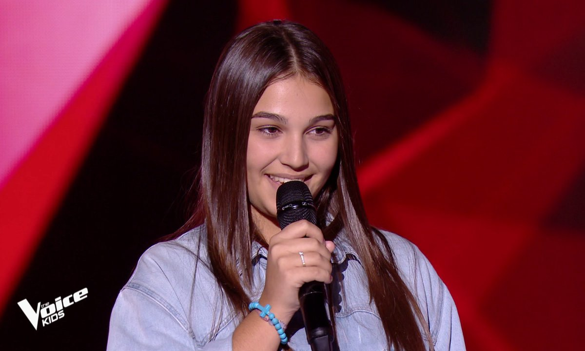 The Voice Kids - Manon chante « Writing's on the wall » de Sam Smith