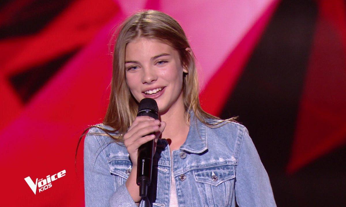 The Voice Kids - Nouha chante « Tu n'es plus là » d'Amel Bent