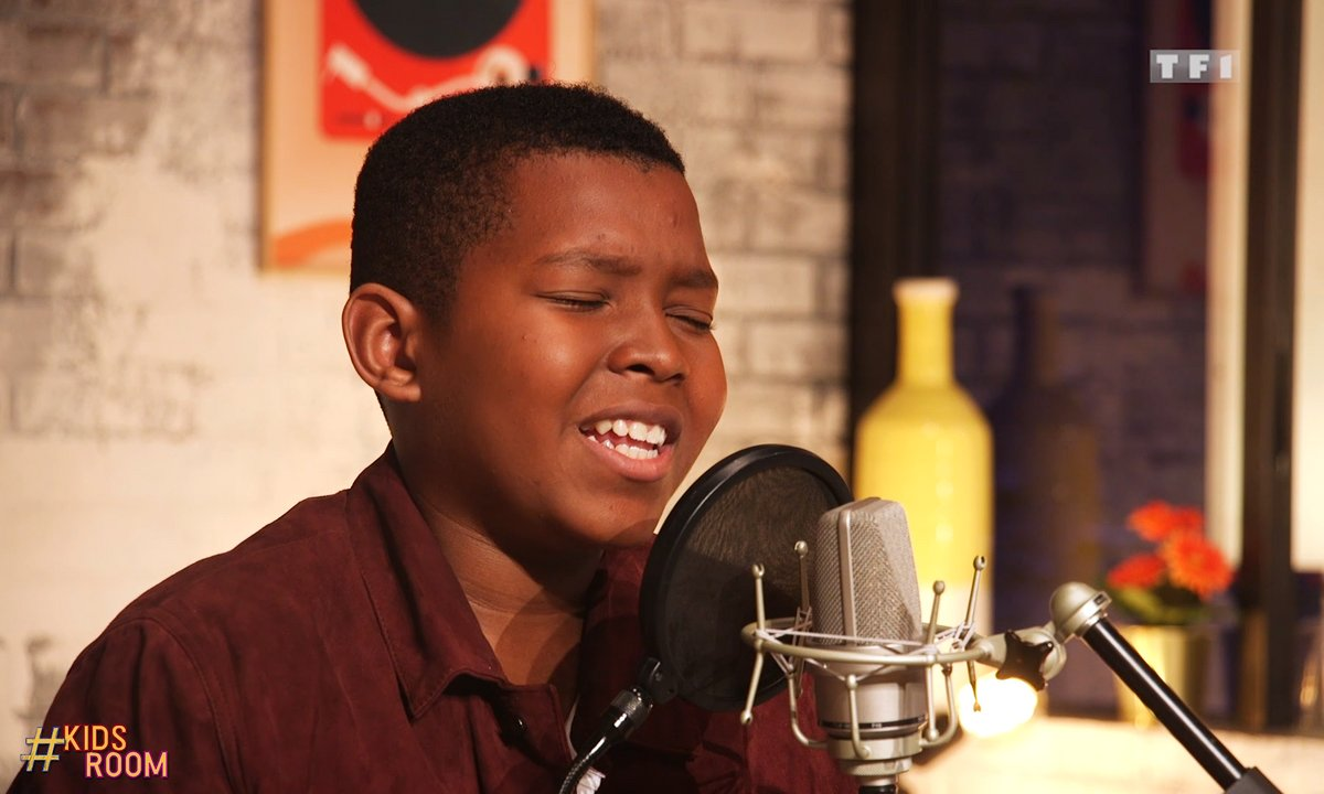 "The Voice Kids : Roger chante ""Fourfivesseconds"" de Rihanna"