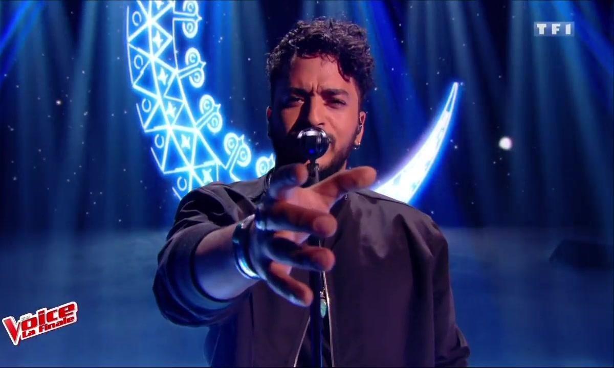 Slimane interprète son titre « J'en suis là » en direct !