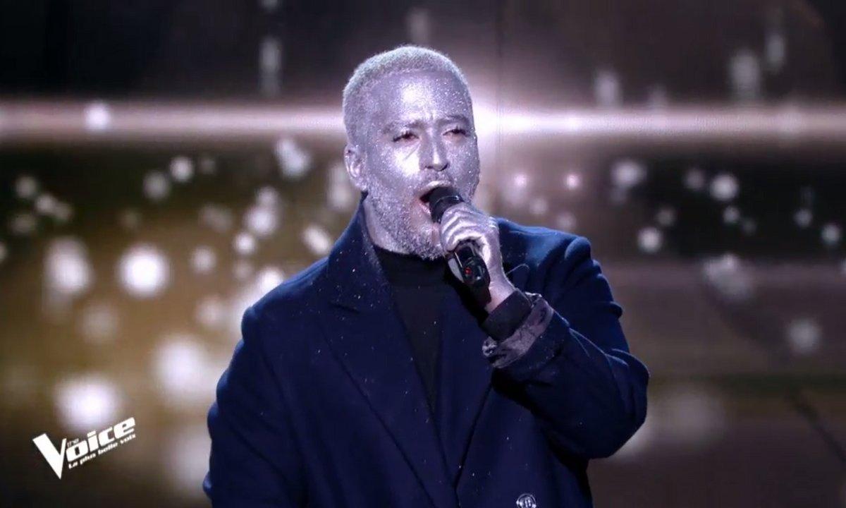 """Slimane : """"Viens, on s'aime"""" sur la scène de """"The Voice"""""""
