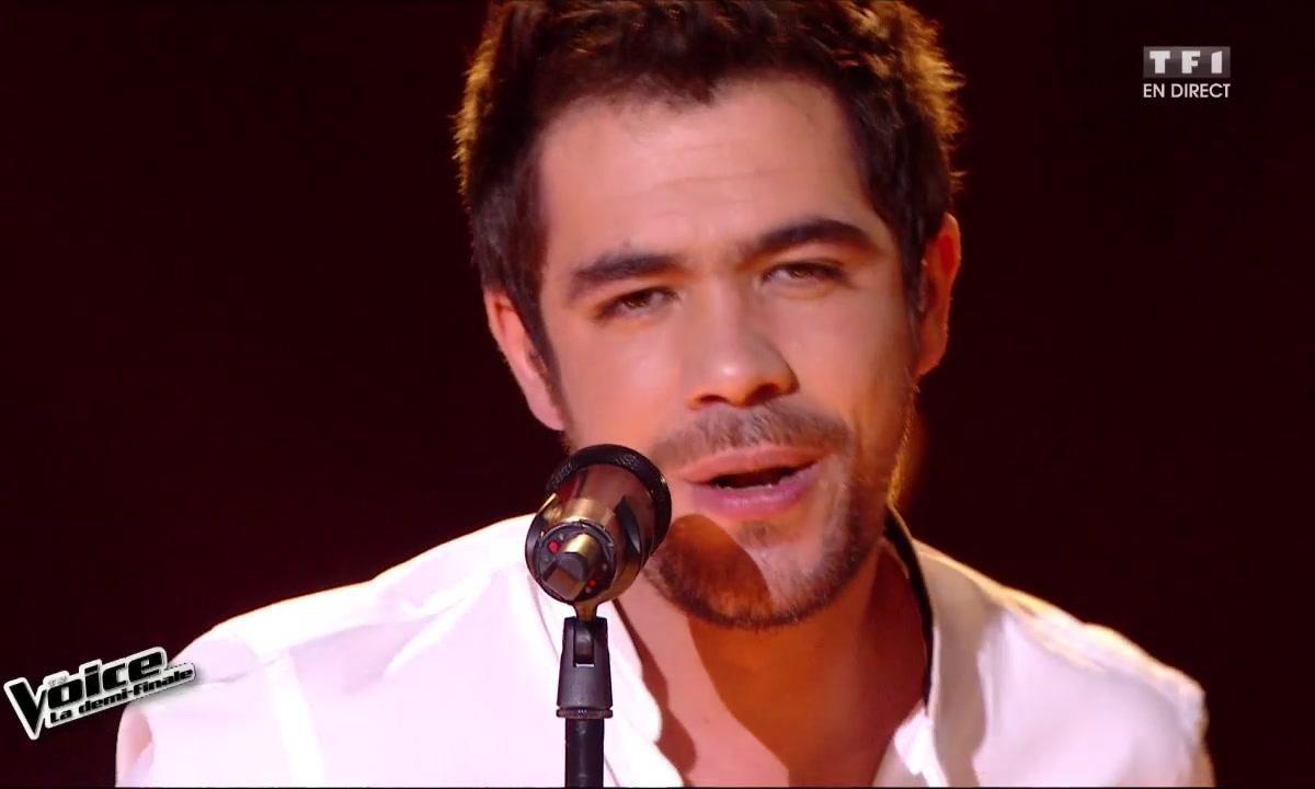Sol chante en direct « Rehab » (Amy Winehouse) pour la demi-finale (Saison 05)