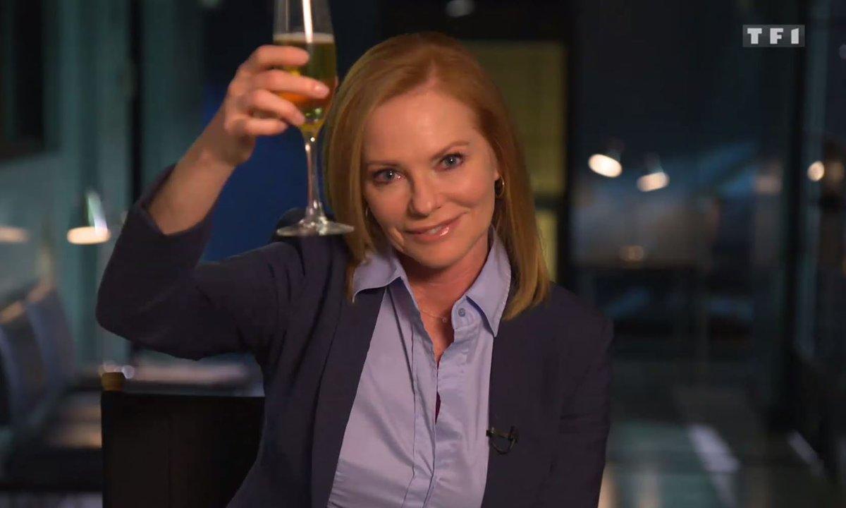 Les acteurs lèvent leur verre et vous disent merci !