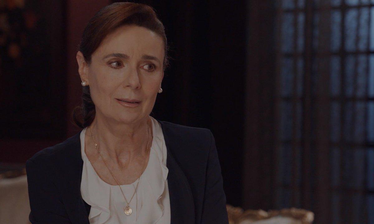 Les trois visages d'Ana - S01 E111
