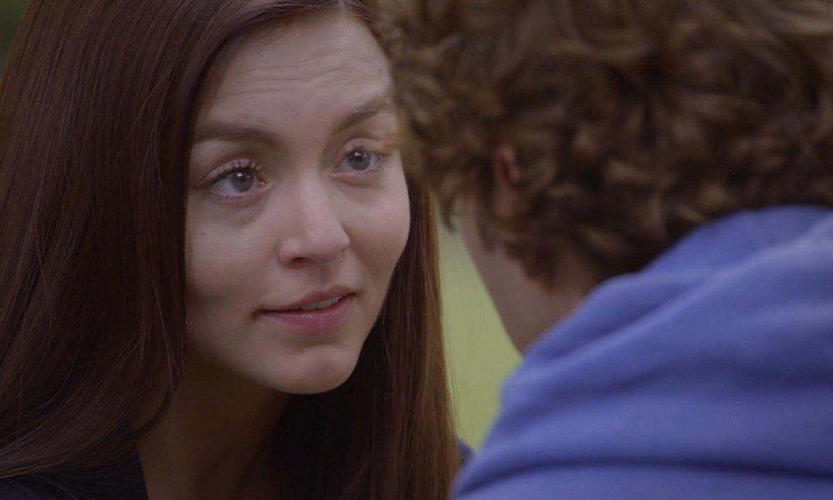 Les trois visages d'Ana - S01 E24