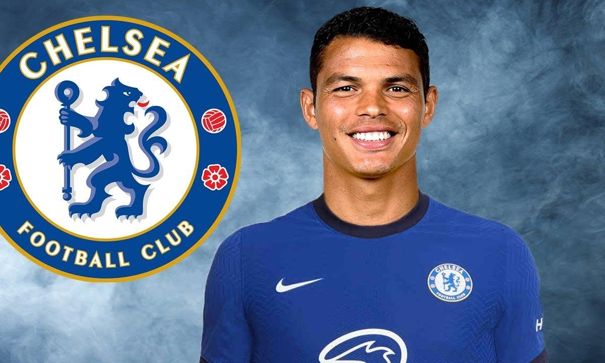 VIDEO -  Thiago Silva, Ibrahimovic, Sarr : le point sur le mercato