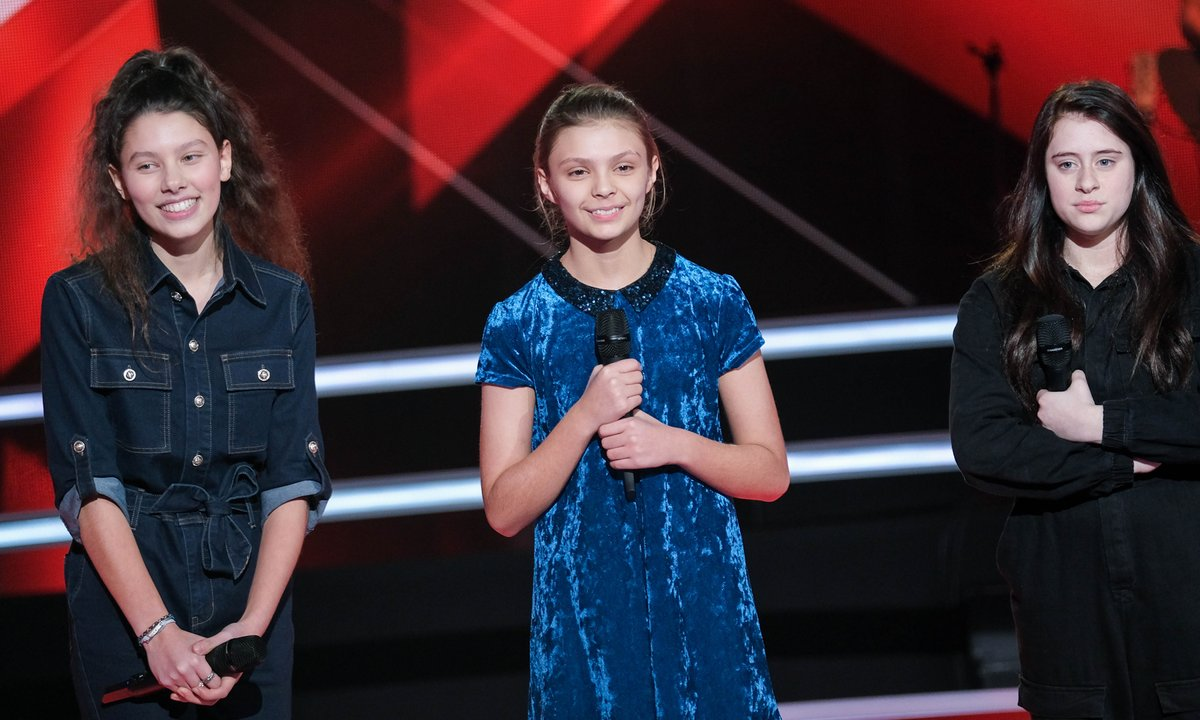 The Voice Kids 2020 - Battle - Stefi vs Chiara vs Chloé chantent « Chandelier » de Sia (Team Kendji Girac)