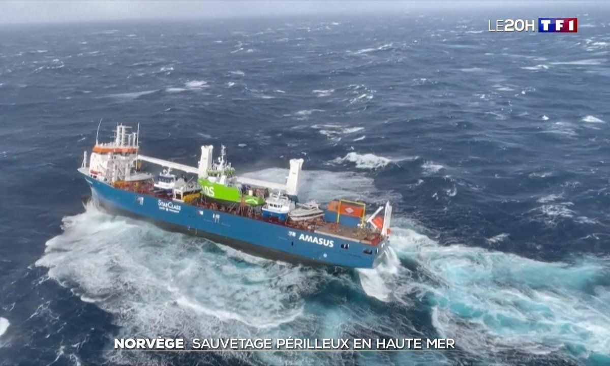 Un cargo néerlandais à la dérive en mer de Norvège après le sauvetage de son équipage
