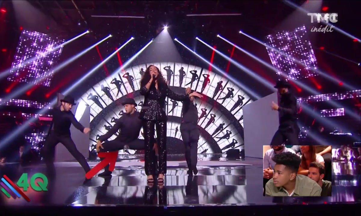 """Quand un petit """"accident de pantalon"""" se produit sur le plateau de The Voice"""