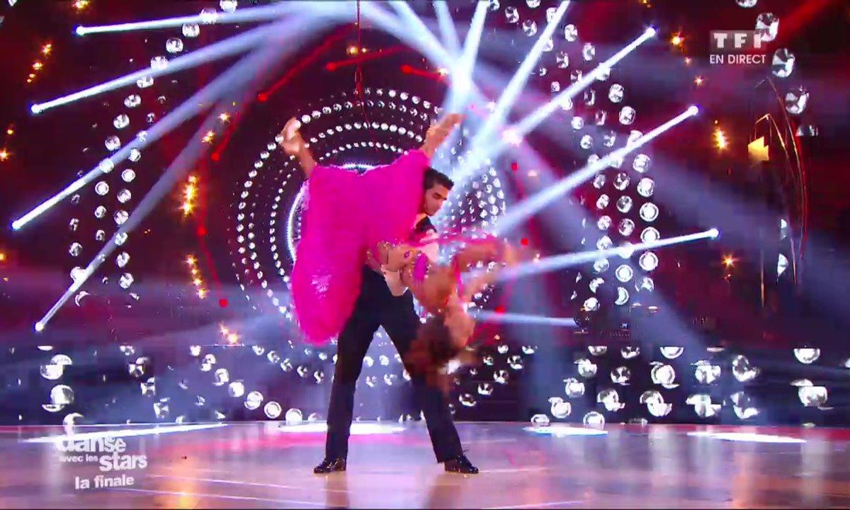 Un Quickstep pour Priscilla Betti et Christophe Licata sur « Sparkling Diamonds » (Moulin Rouge)