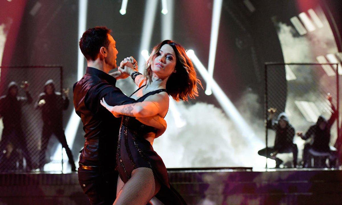Un Tango pour Caroline Receveur et Maxime Dereymez  sur « I Kissed a Girl » (Katy Perry)