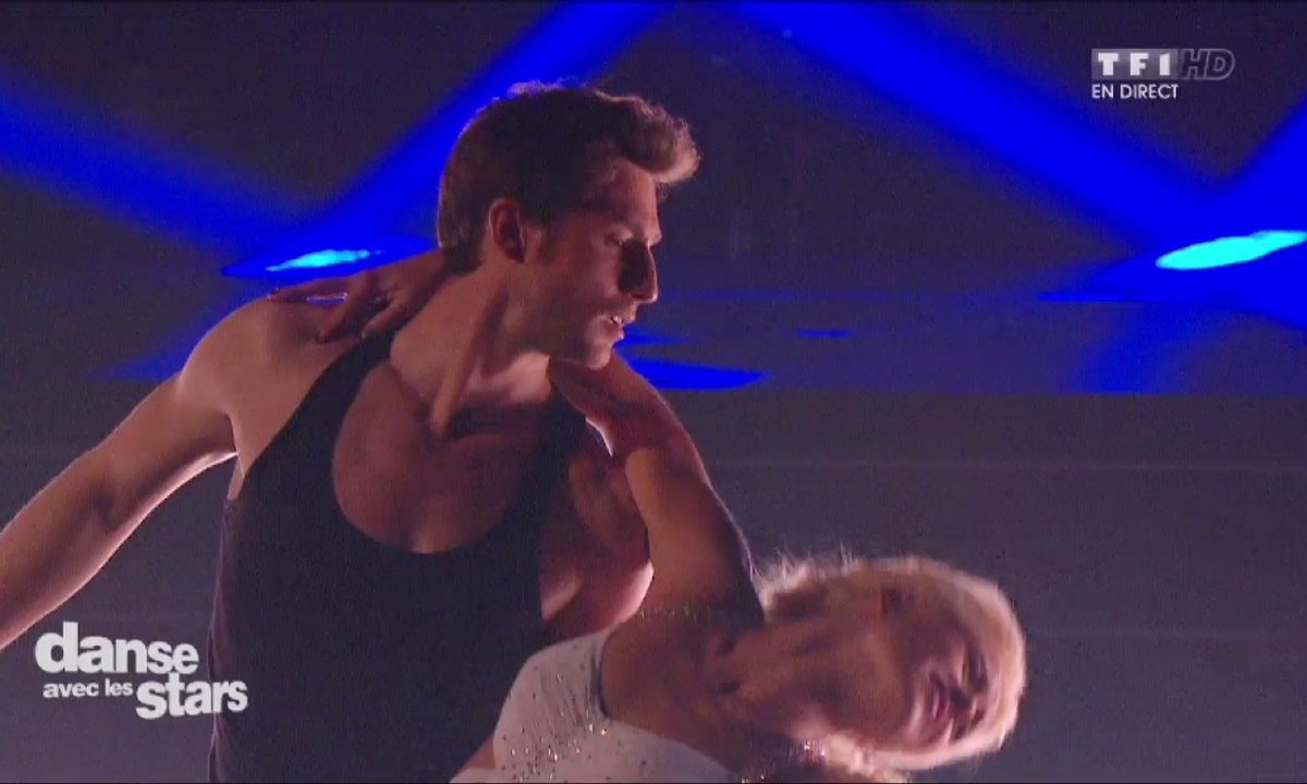 "Une danse contemporaine pour Brian Joubert et Katrina sur ""Everybreath you take"" (Police)"