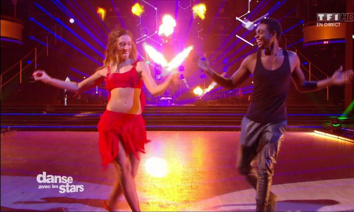 Une Samba pour Corneille et Silvia Notargiacomo sur « Ta fête » (Stromae)