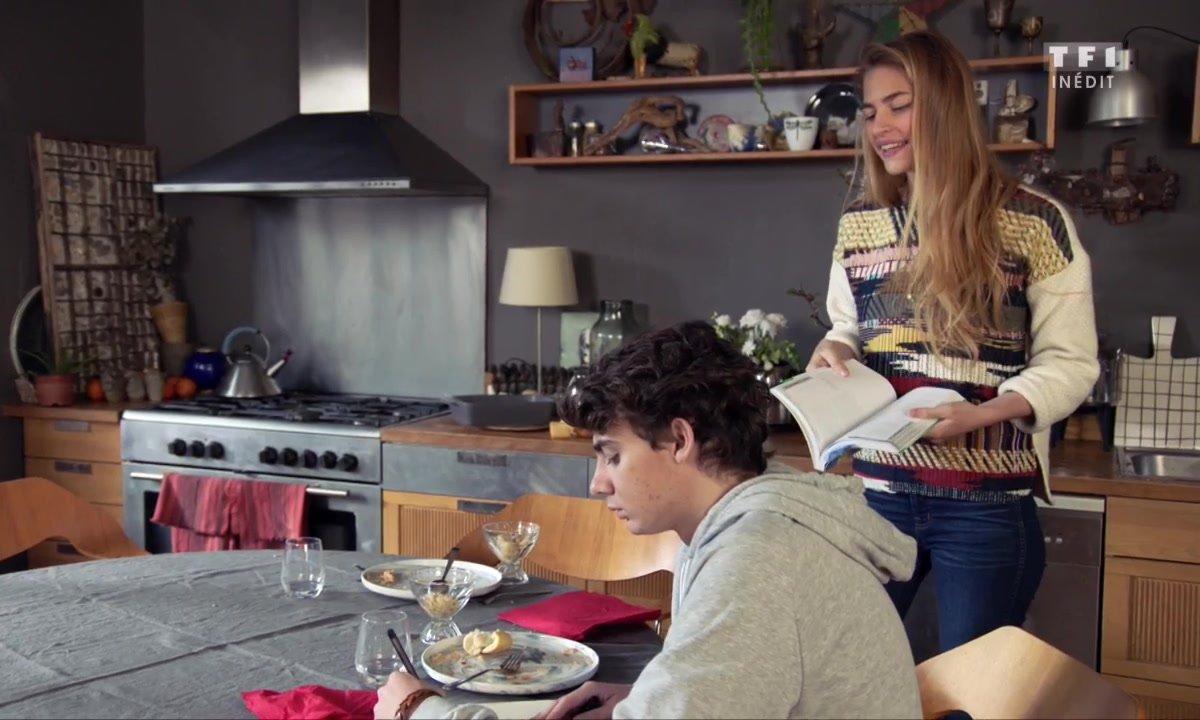 """Victoire promet un """"programme de révision de l'enfer"""" à Lucas (épisode 203)"""