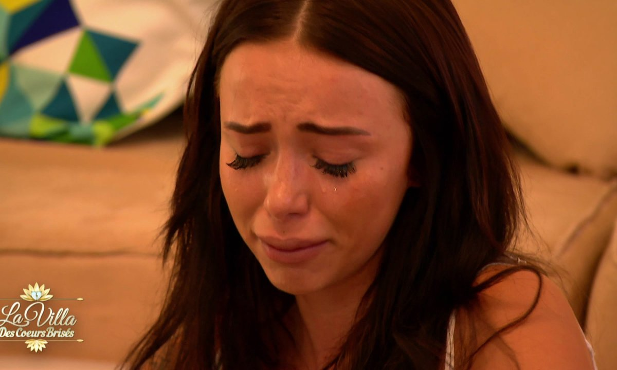 COACHING : Jelena en pleurs, raconte son histoire avec son père😪