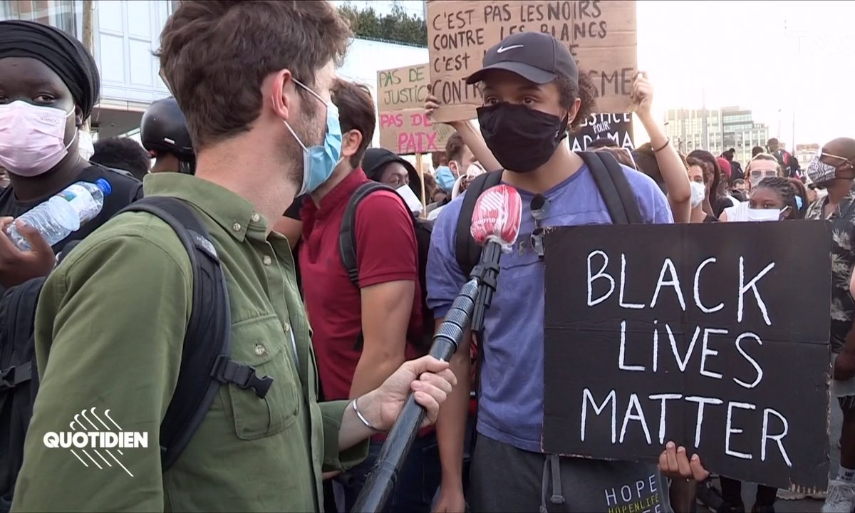 Violences policières : dans les rangs du rassemblement pour Adama Traoré
