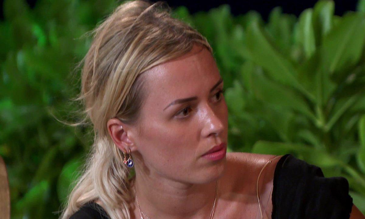 Virginie veut quitter l'aventure dans l'épisode 57 de La Villa des Cœurs Brisés