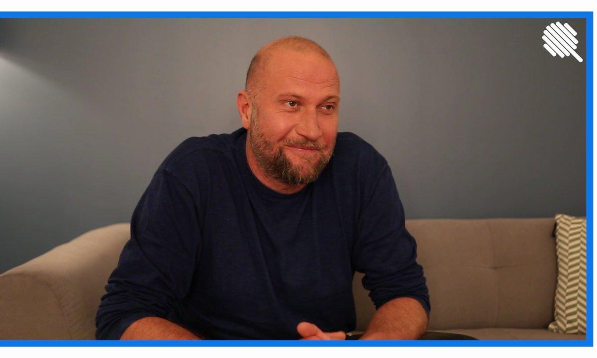 Qoulisses avec François Damiens : pire promo, pire tournage, l'interview Galère