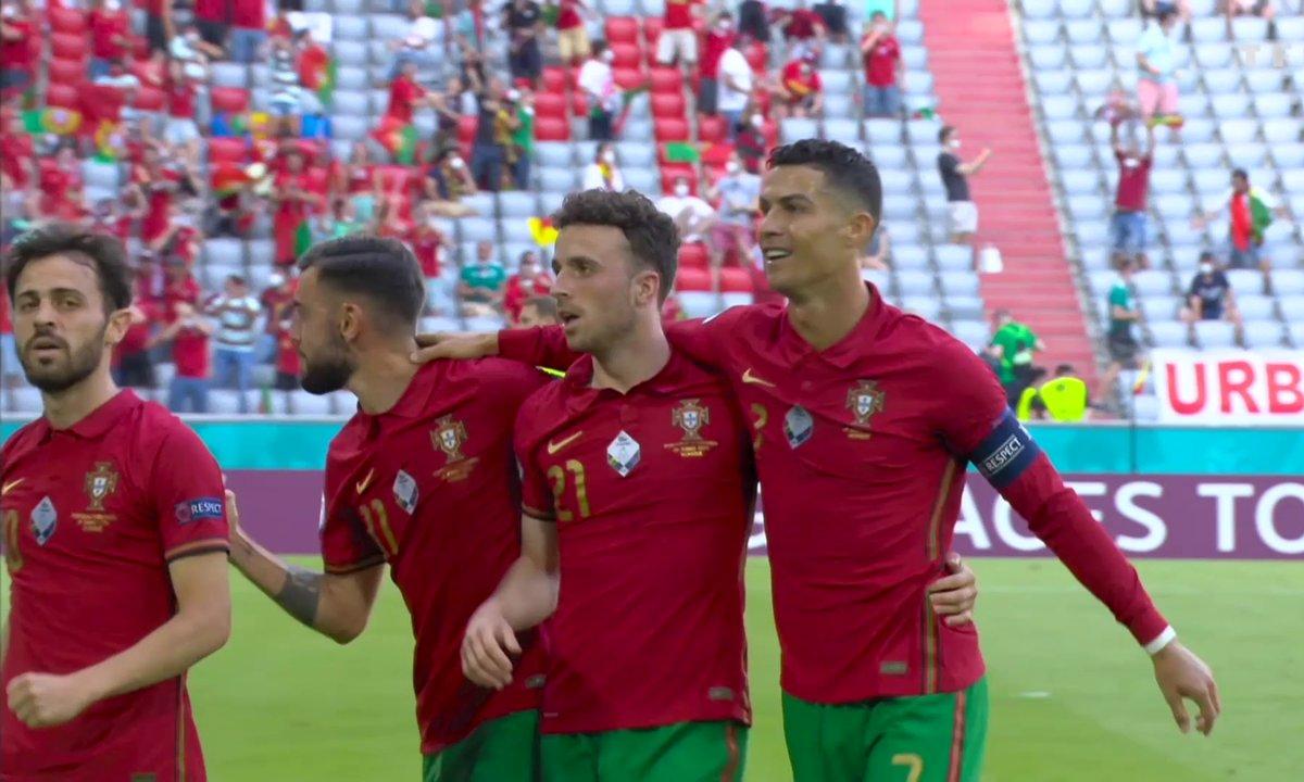 Portugal - Allemagne (1 - 0) : Voir la course incroyable de Ronaldo et son but en vidéo
