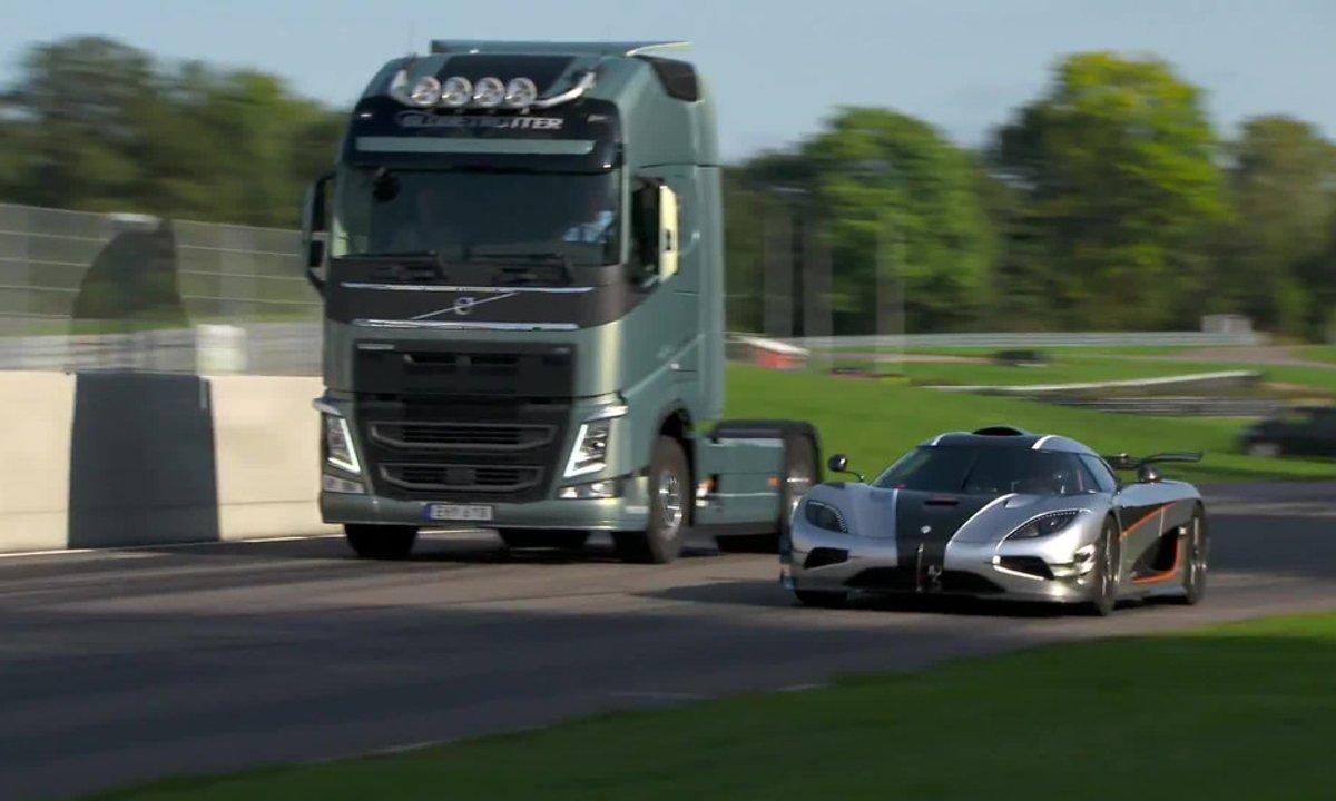 Insolite : un camion Volvo contre une Koenigsegg One:1
