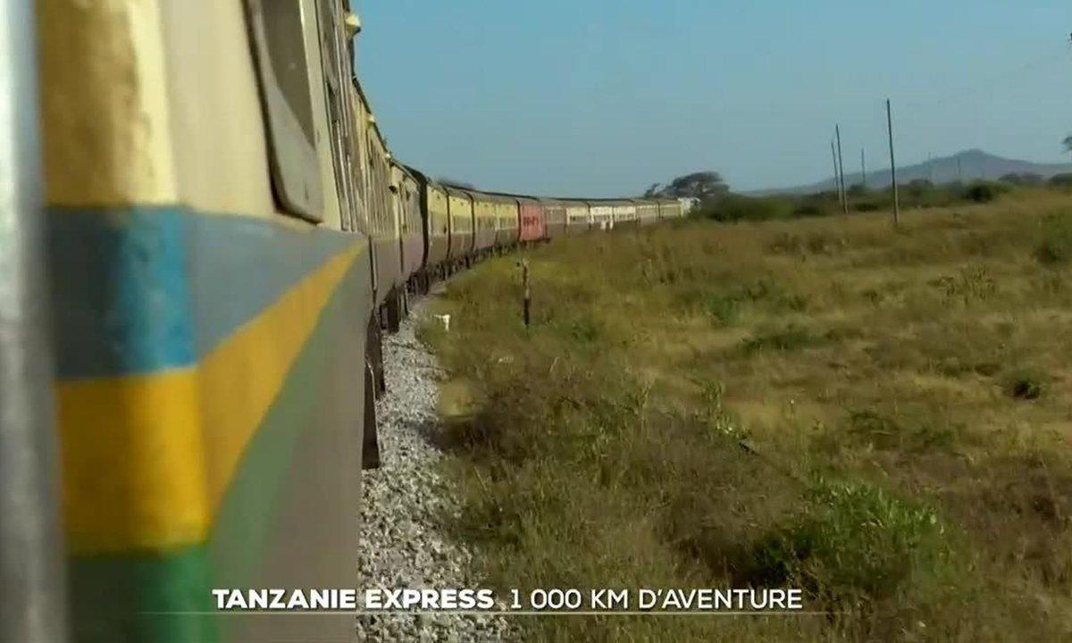 Voyage rustique à bord d'un train en Tanzanie