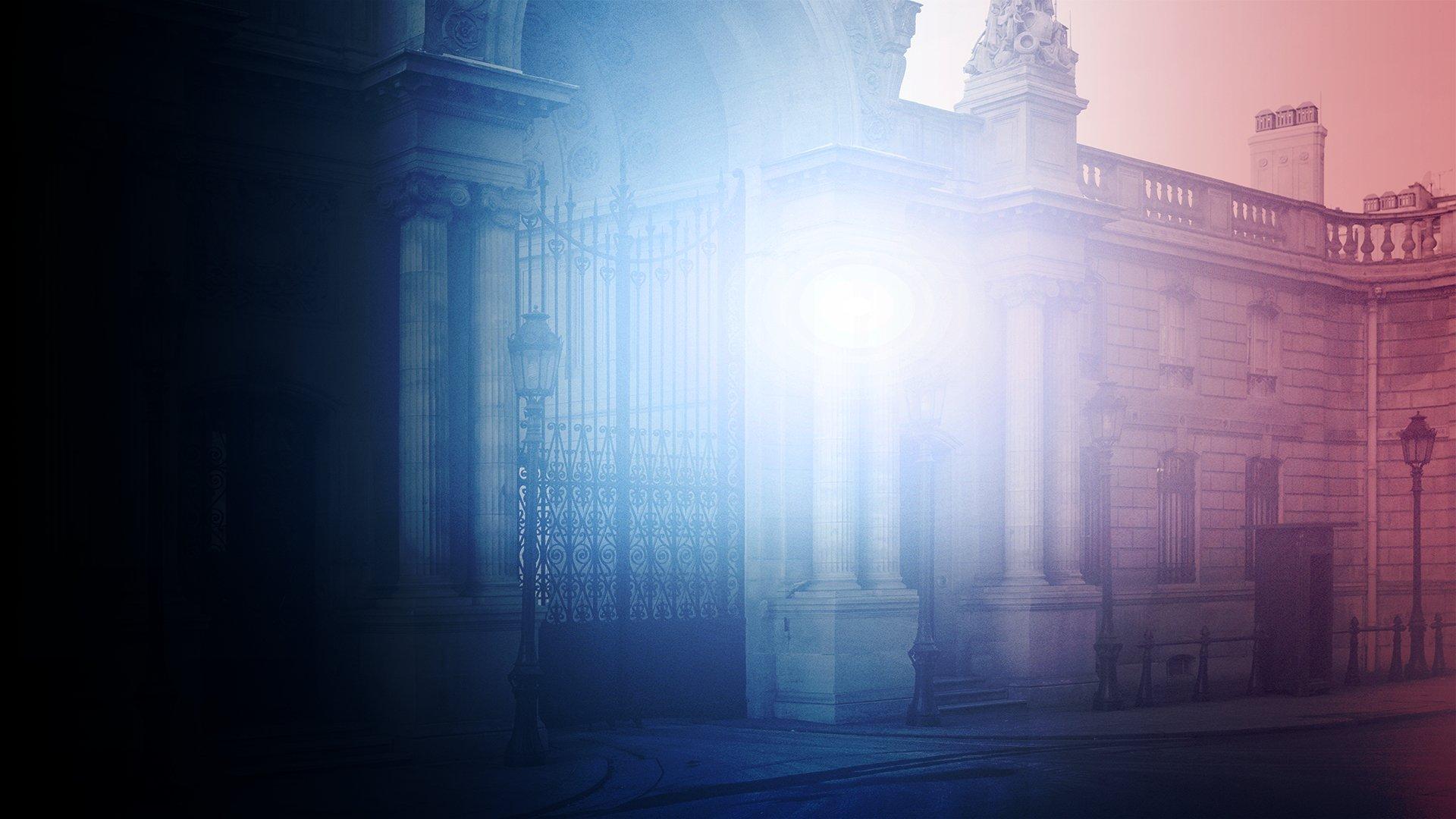 fond Le cortège funéraire d'Arnaud Beltrame défile dans les rues de Paris avant son arrivée aux Invalides