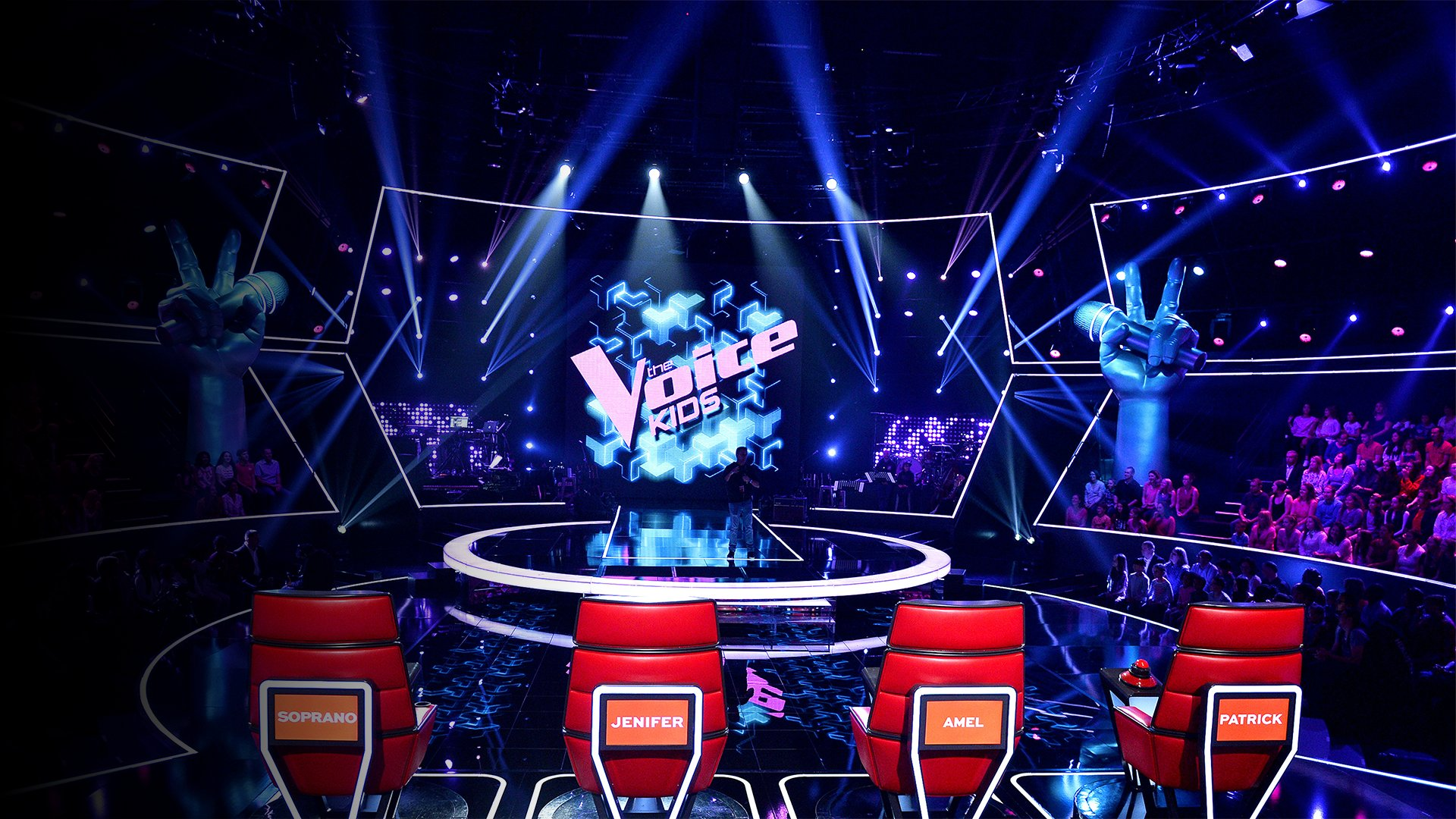 fond The Voice Kids : Kylian chante « Voler de nuit » de Calogero (Team Amel Bent)