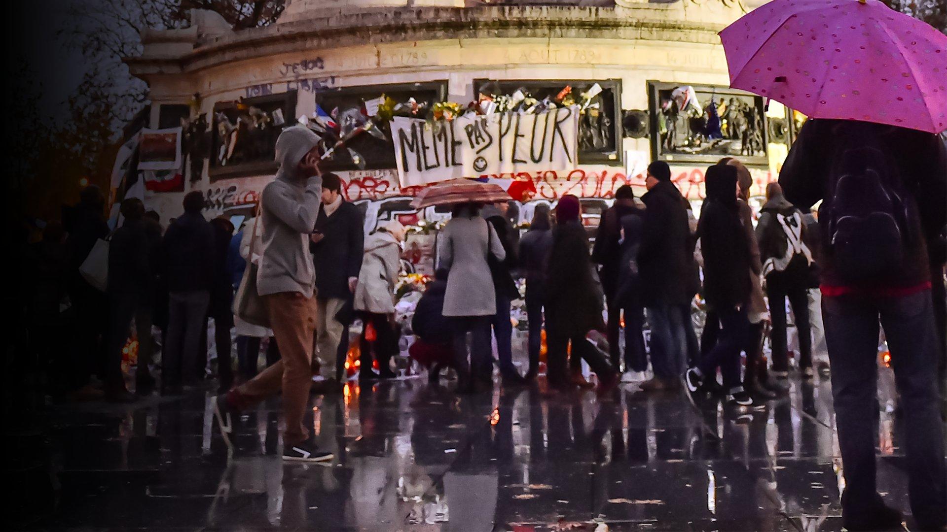 fond Attentats de Paris: sur les traces des terroristes
