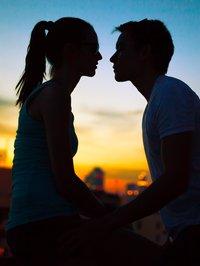 Retrouvez vos téléfilms romantiques sur STREAM