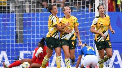 Menée 0-2, l'Australie renverse le Brésil de Marta (3-2)