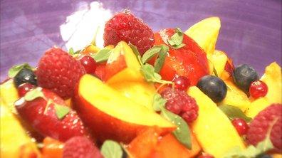 Salade de fruits frais et marjolaine au sirop de romarin