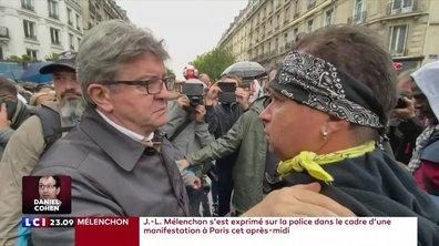 """Jean-Luc Mélenchon qualifie les policiers de """"barbares"""""""