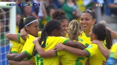 Brésil - Jamaïque (2 - 0) : Voir le deuxième but de Cristiane en vidéo