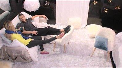 Mélanie et Jonathan s'associent contre Coralie