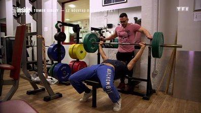 Découvrez la métamorphose physique de Tomer Sisley