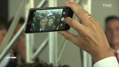 """À Charlevoix, Macron joue au """"Président Selfie"""""""