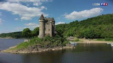A la découverte du château de Val à Lanobre