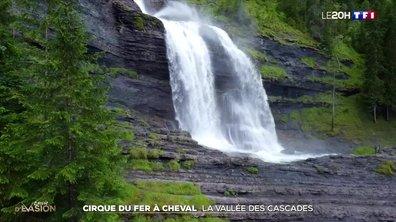 À la découverte du cirque du Fer-à-Cheval en Haute-Savoie, la vallée des cascades