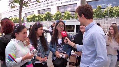 A Paris, les fans d'Ariana Grande ne se laissent pas intimider