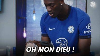 VIDEO – Quand Abraham joue le barber avec… Giroud !