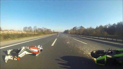 Insolite : violente chute en moto sur autoroute