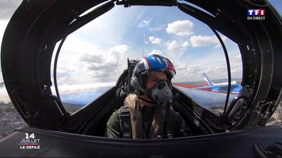 Spéciale 14-Juillet : Amandine Henry dans un jet de la patrouille de France