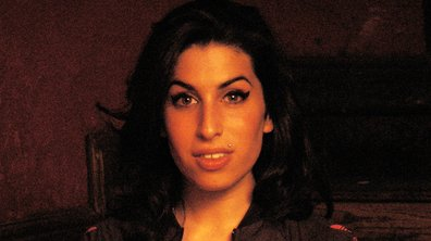 Amy Winehouse devait adopter une fille !