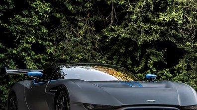 Aston Martin Vulcan sur piste