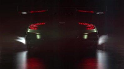 Aston Martin : les flammes sortent du Vulcan !