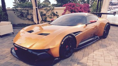 L'Aston Martin Vulcan enflamme Pebble Beach