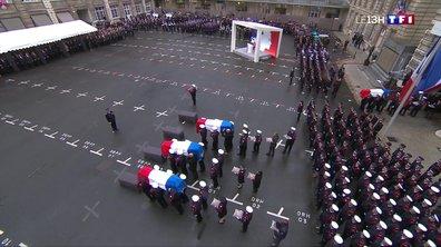 Attaque à la préfecture de Paris : l'émouvant hommage aux policiers assassinés