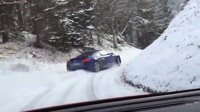 Insolite : une Audi R8 V10 se défoule sur la neige