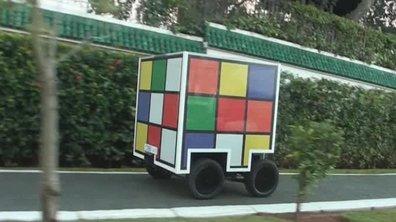 Teaser : Automoto avec une voiture Rubik's Cube !